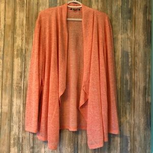 NWOT Beautiful Very Light Sweater